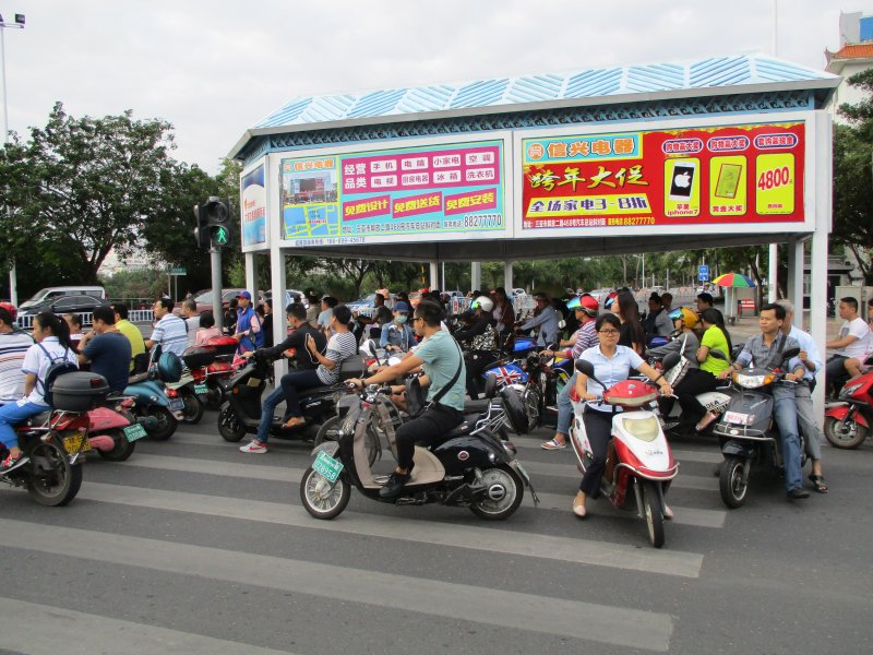 Хайнань, хаос с мотоциклами