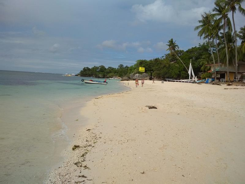 Ппляж Алона Бич на острове Панглао