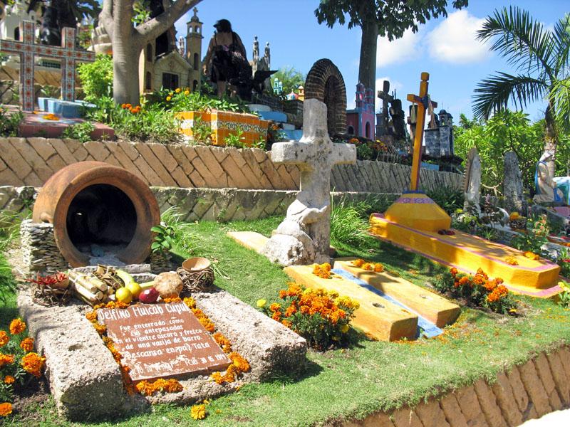 Мексика. Кладбище, Мост в рай