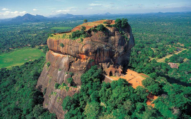 Гора Сигирия на Шри-Ланке